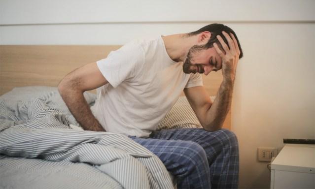 Ameerika arst tõi välja kaks koroona haigustunnust, mis ilmnevad enne palavikku