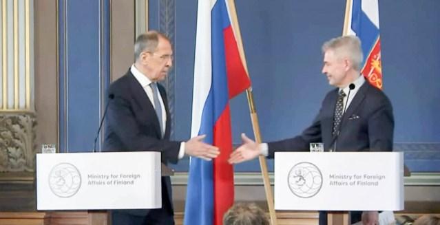 Soome ja Vene välisministrite kohtumisel oli tunne, nagu Soome polekski Euroopa Liidus