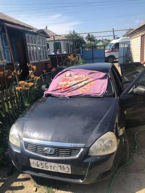 Venemaal hukkusid autos kuuma käes kaks tüdrukut