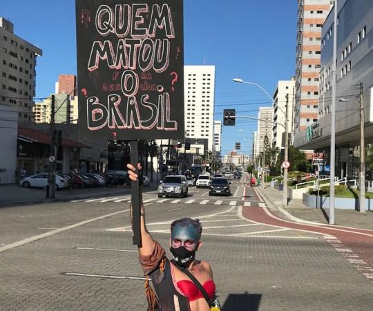 VIDEO: Brasiilias tulid kümned tuhanded tänavale, et avaldada meelt koroonapiirangute puudumise vastu
