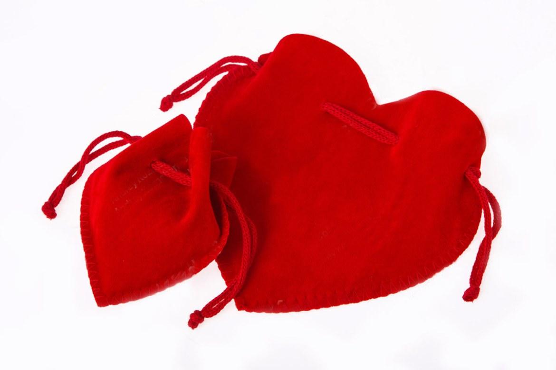 誼源心型造型束口袋客製成品