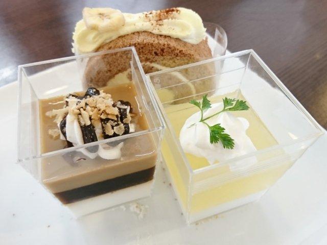 ストロベリーフィールズのケーキ3種類