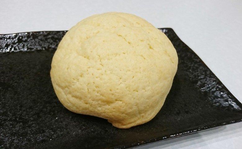 チョコ入りメロンパン