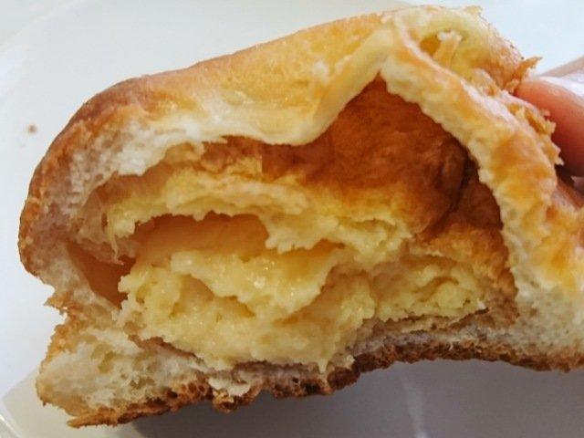シュークリームパンの中身