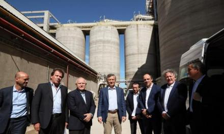 President Macri listened the claims of the crushing industry