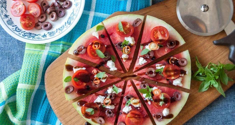 recipe_main_akis-petretzikis-almyri-pizza-karpouzi
