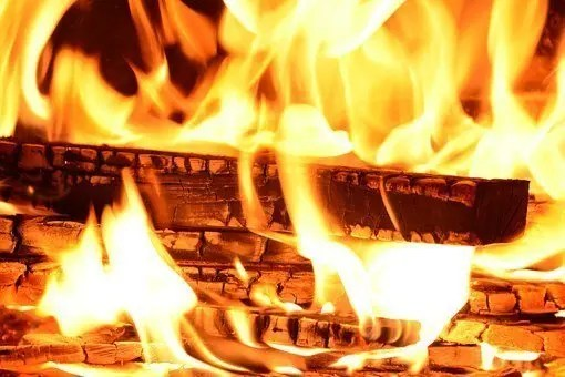 Mejor no echar más leña al fuego