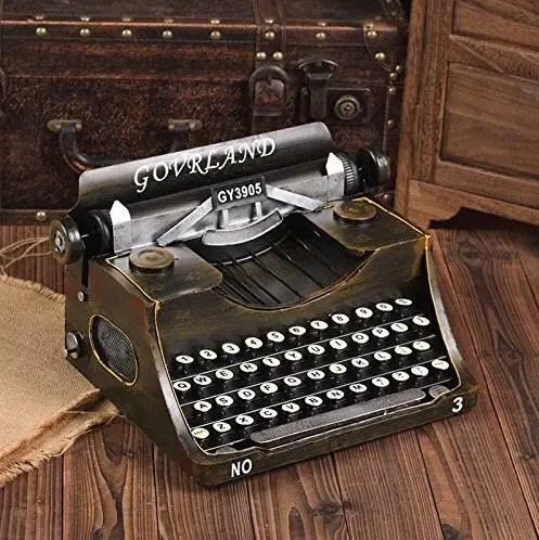 Máquina de escribir vintage para decoración