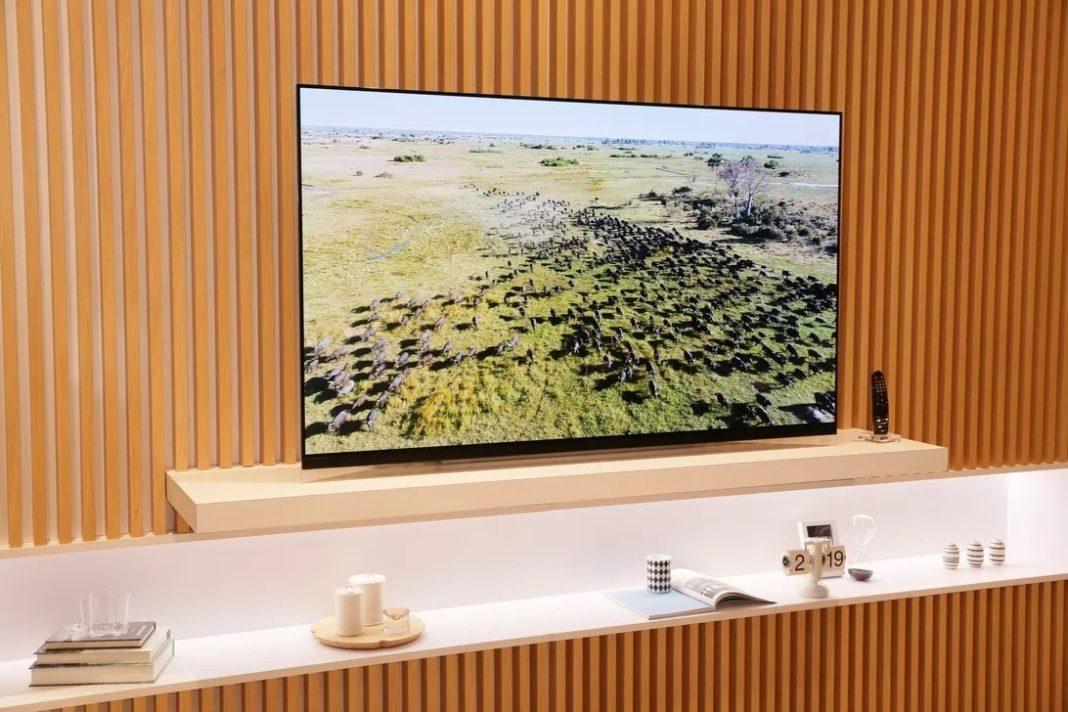 LG OLED E9 – Design