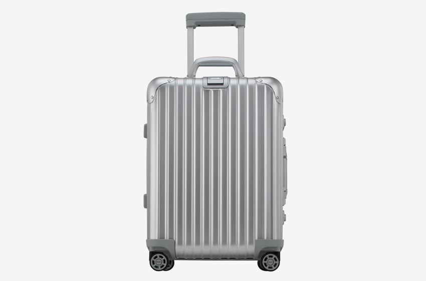 Altre valigie amate dai frequent flyers Rimowa Topas Silver Cabin Multiwheel IATA