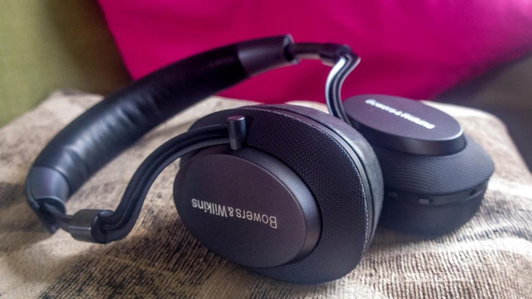Bowers & Wilkins PX, £329