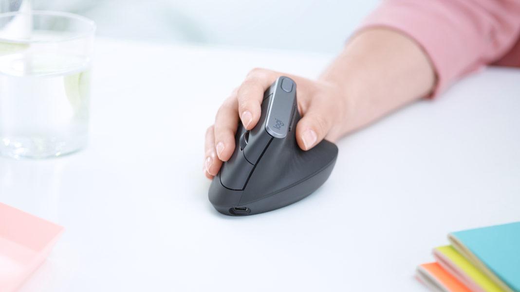 Logitech MX Vertical: il mouse più comodo
