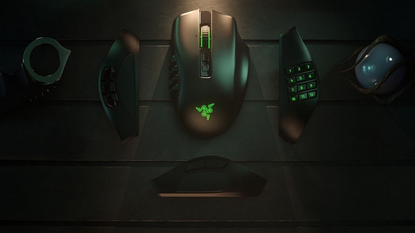 Razer Naga Pro miglior mouse gaming wireless per MOBA e MMO