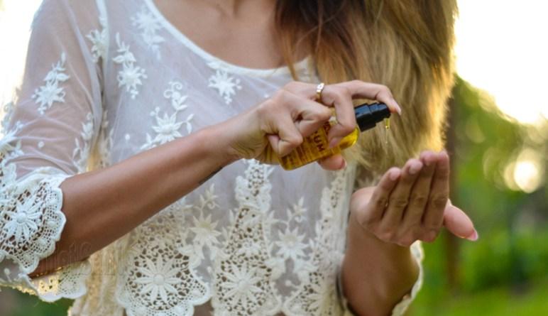 huile essentielles, huiles naturelles, huile de rose, huile de jojoba, huile de carottes, huile de jasmin