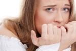 Vous rongez vos ongles? Apprenez à vous débarrasser de ce tic!