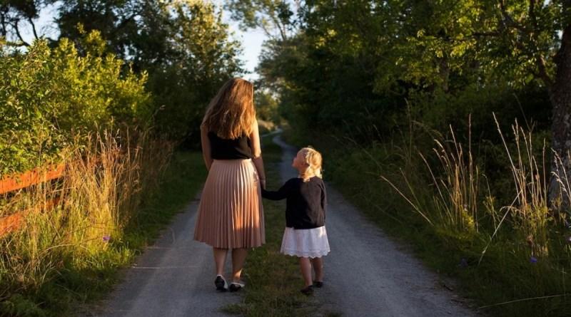 Des conseils pour élever un enfant sûr de lui