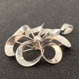 Pendant by Niels E. From