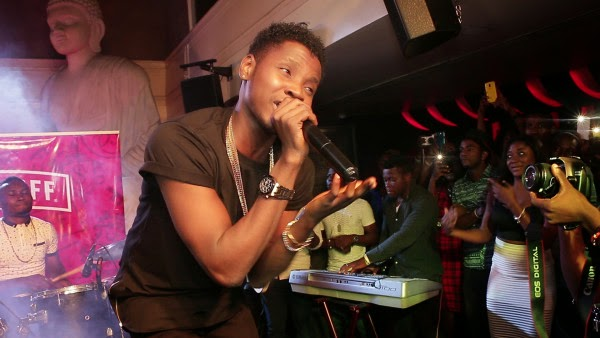 , Lil Kesh, Kiss Daniel Woooo! the Crowd at Industry Nite, Effiezy - Top Nigerian News & Entertainment Website
