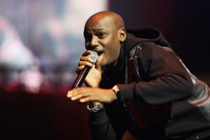 2face Idibia donates N3.5 million to support refugees in Nigeria