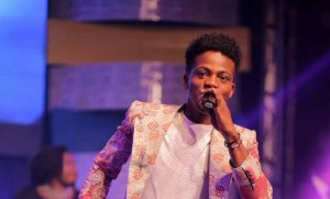 """US Based Pastor disapproves of Korede Bello performing """"Godwin"""" in Church"""