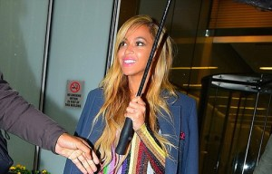 Check out the 200,000 pounds shoe Beyonce bought