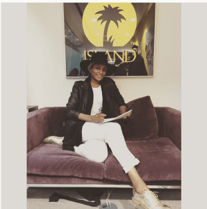 Seyi Shay signs with Island Universal Records (Photos)