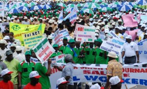 Cutting workers' salary will be an invitation to war – Civil servants warn FG