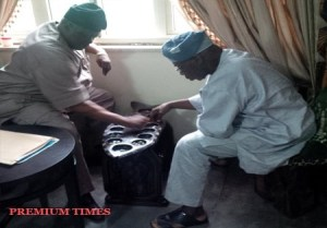Look At How Former President Olusegun Obasanjo Relaxes (Photo)