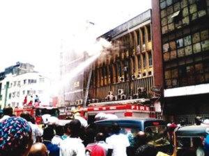 Fire Guts Shopping Mall & Bank in Lagos, Goods & Properties Worth Millions of Naira Destroyed