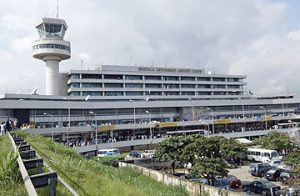 Cleaner caught with N53m at Lagos airport