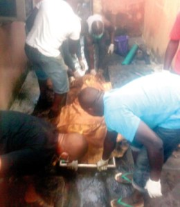 Fire kills family of 7 in Lagos after neighbours refused to help (Photos)