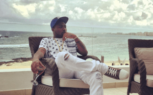 , Davido robbed of $60k at gun-point in South Africa – Manager, Kamal Ajiboye narrates ordeal, Effiezy - Top Nigerian News & Entertainment Website