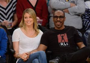 WOW!!!  Eddie Murphy expecting his 10th child from girlfriend (Photos)