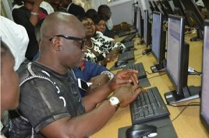 Fayose seen at cyber cafe browsing Internet (Photo)