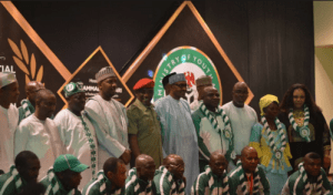President Buhari gives N2m each to 1985 victorious under-16 football team after 31 years (Photos)