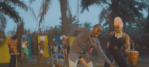 Eddy Kenzo ft. Niniola – Mbilo Mbilo Remix (Official Music Video)