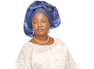 , Buhari has abandoned market women, says Tinubu's daughter, Effiezy - Top Nigerian News & Entertainment Website