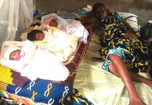 Mother of 7 kids, defies doctor's order gives birth to triplets at home (Photo)