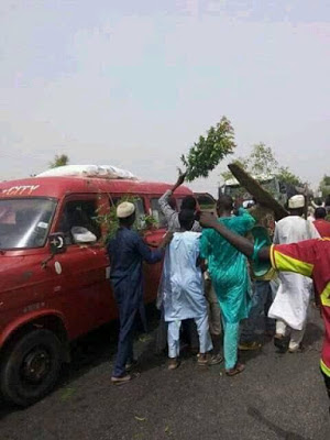Kano youths burn lawmakers properties4