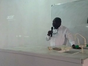 Abia governor, Ikpeazu surprises university by visiting lecture hall to teach students (Photos)