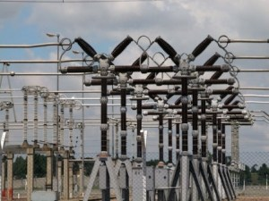 Four Nigerian states plunged in total darkness, as national power grid collapses