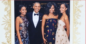 See the Obama's 2016 Christmas Card (Photo)