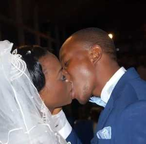 See how this Nigerian couple who were celibate kissed for the first time at their wedding (Photos)