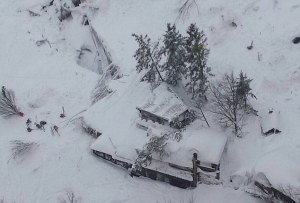 Many feared dead as Italian Hotel gets buried by avalanche