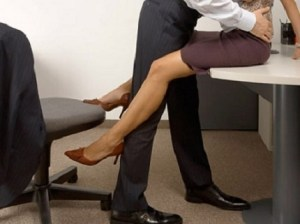 Revealed: One in Every 10 Co-Workers have sex at work… See details