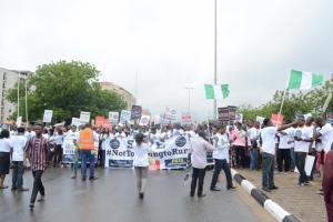 Youths in Abuja protest age limit in Nigerian politics (Photos and video)