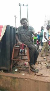 , Mad man seen drinking beer in Imo State (Photos), Effiezy - Top Nigerian News & Entertainment Website