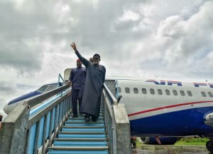 Akeredolu launches Lagos-Akure route by Air Peace (Photos)