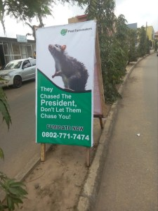 Funny president rat banner warning spotted in Lagos