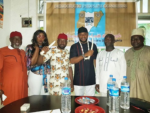 , Wild jubilation as Nollywood actor, Yul Edochie picks Anambra Governorship nomination form (Photos), Effiezy - Top Nigerian News & Entertainment Website